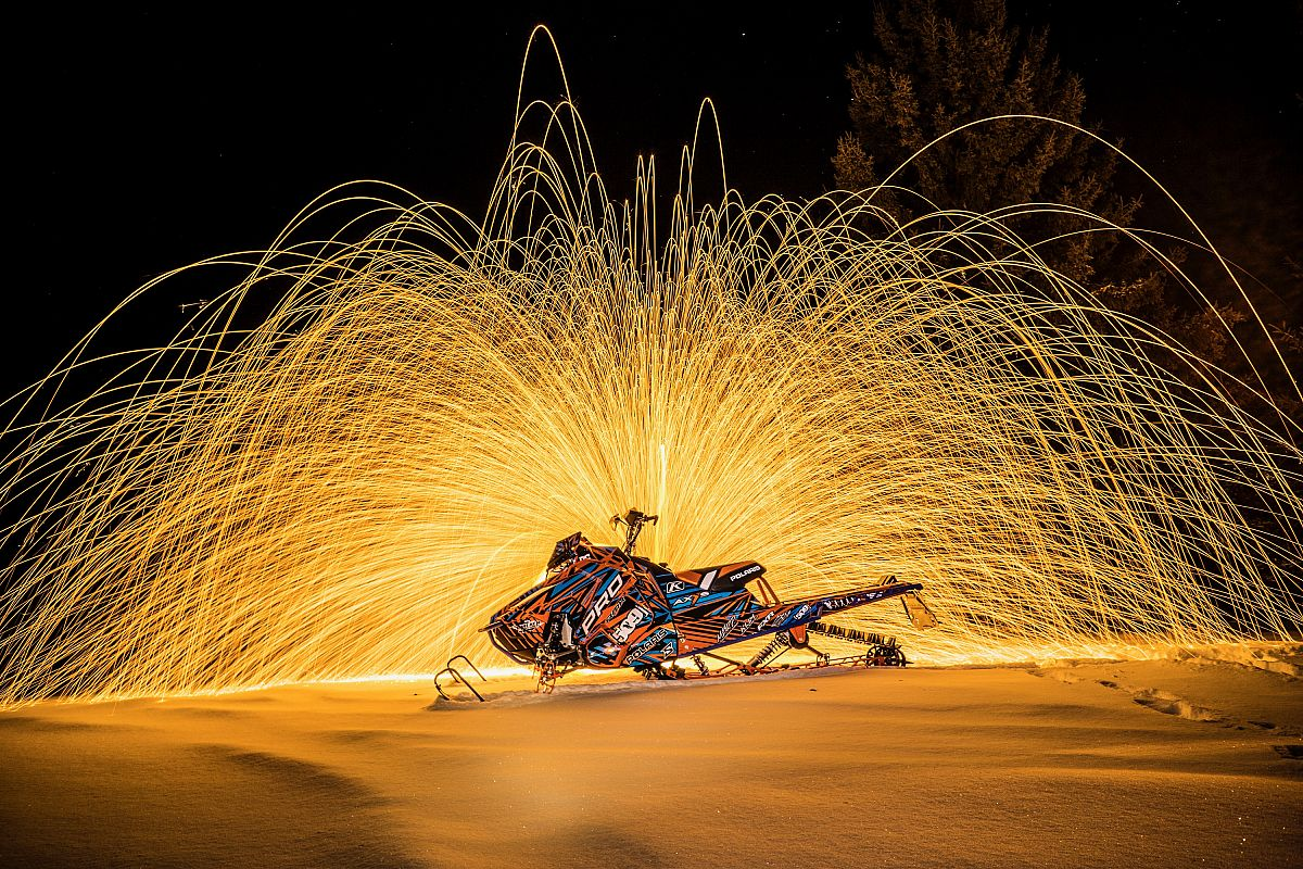 playing with sparks with an open shutter