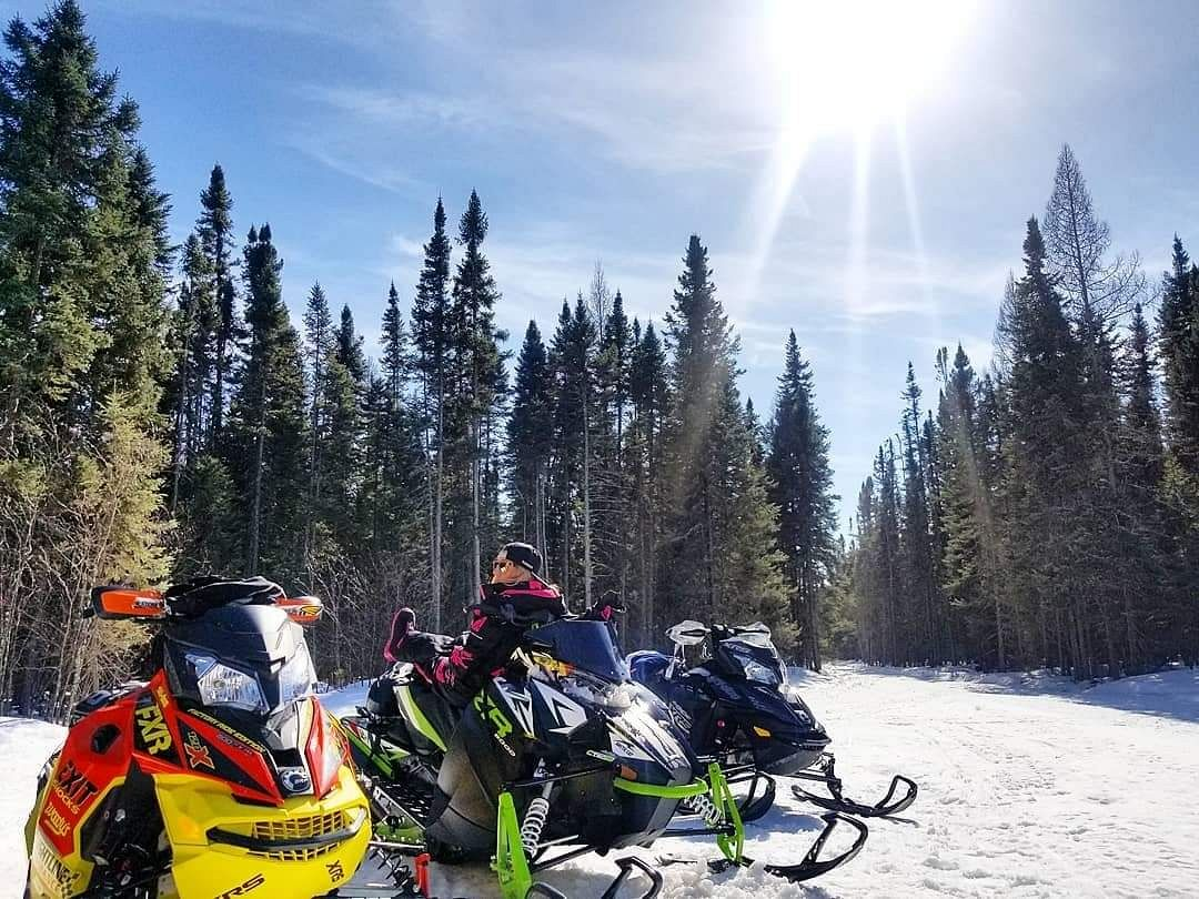 Sun, Sleds and Smiles