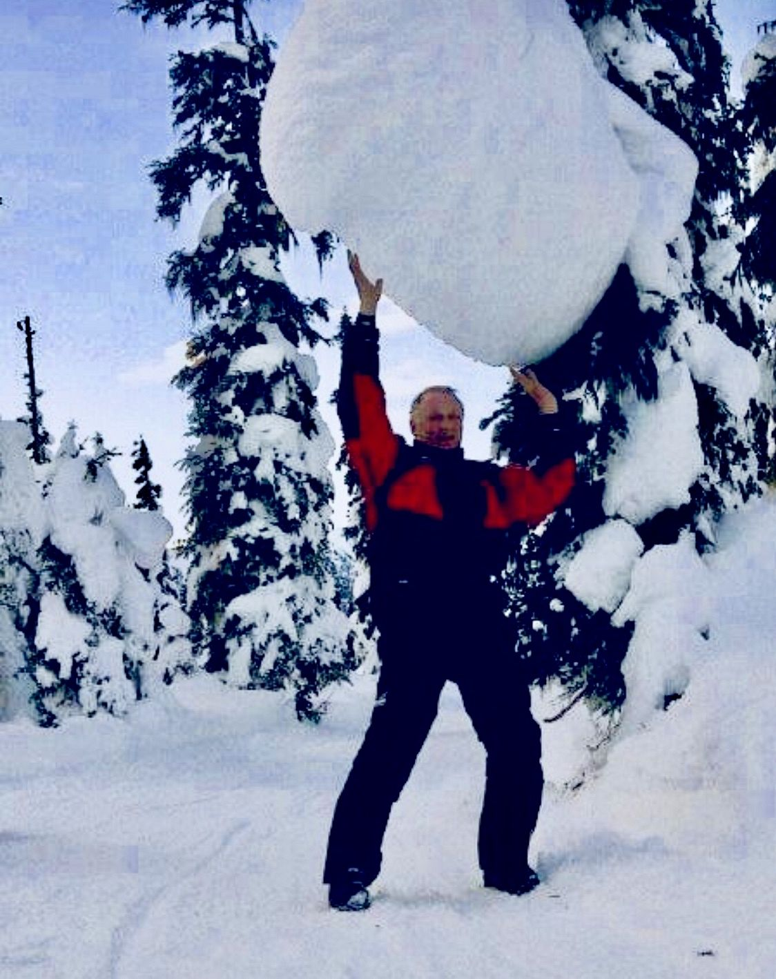A very large snow ball !