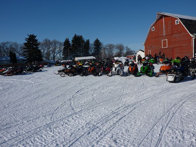 Rally at Neudorf. This was one of the check points. There were 276 sleds registered. Awesome day.