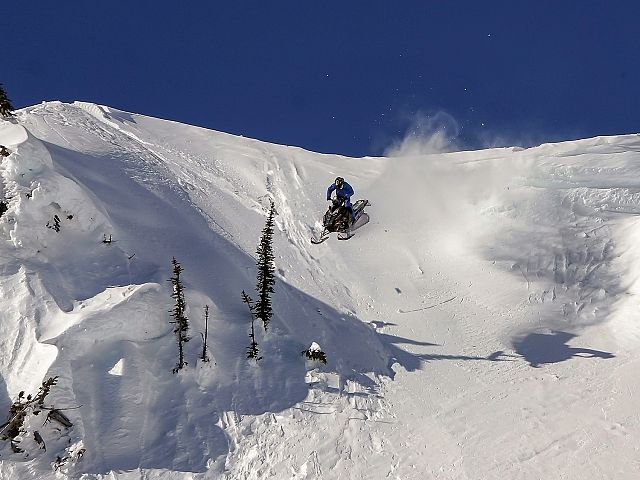 sending it for the boys above all. Nelson Sno Goers Club