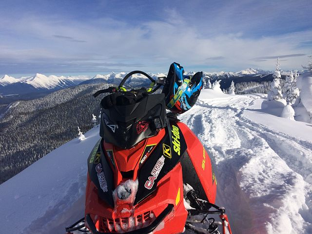 Sitting on top of yanks peak!