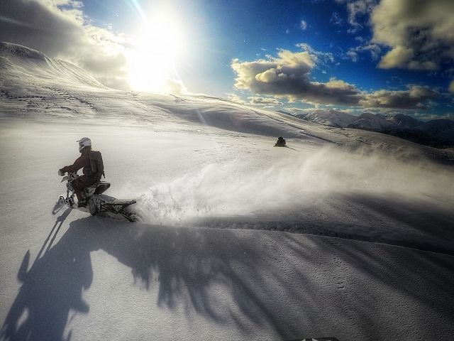 Benjamin Kuppers the Canadian Snowbiker