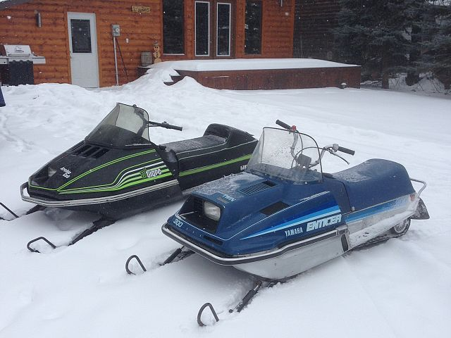Vintage ride to the lake, shedding pow with the ET's!!