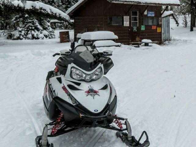 Trail 208 E Lorenz Shelter